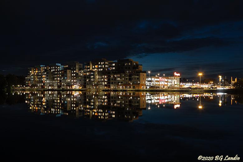 Kväll vid Sjöstaden