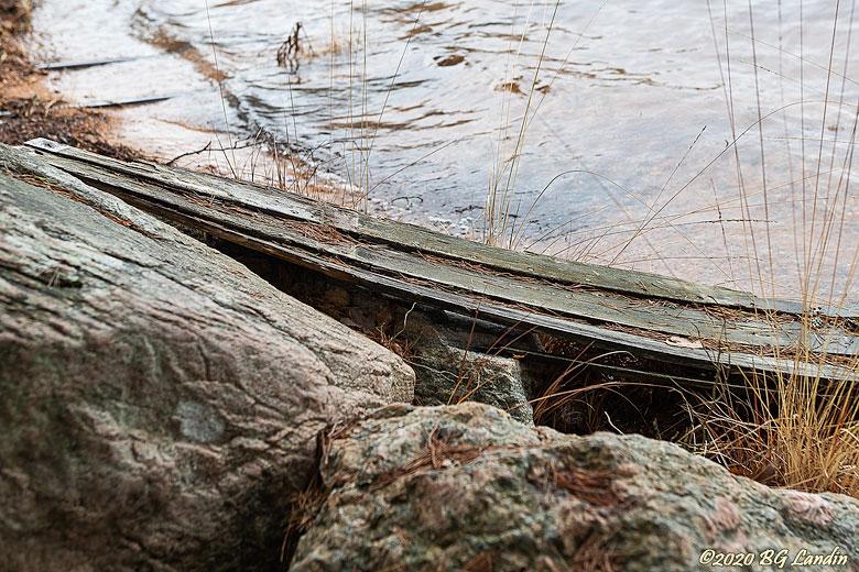 Resterna av en båt