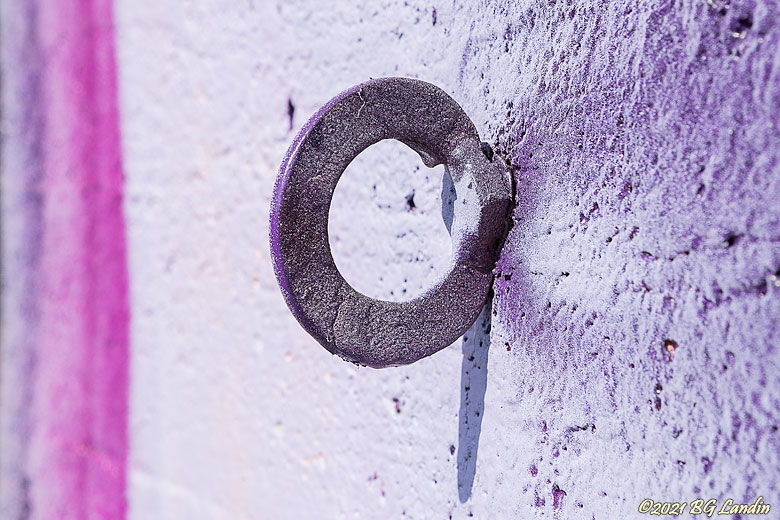 Spraymålad bricka