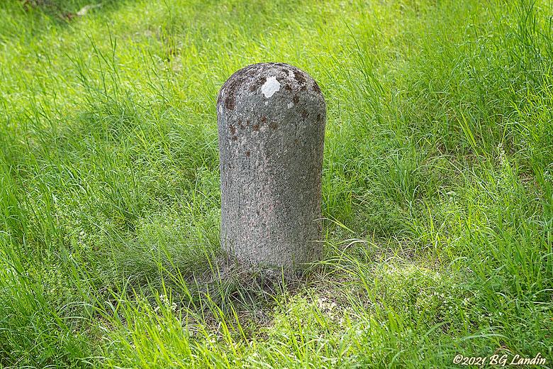 Stenpollare vid Bommeslussen