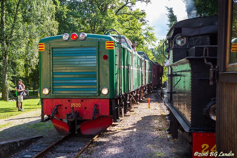 Godståg ankommer Gräfsnäs
