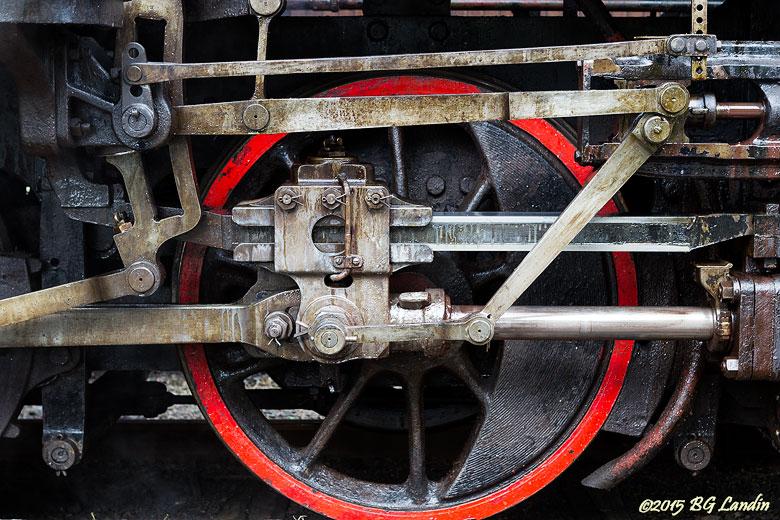 Stålhjul med röd fartrand