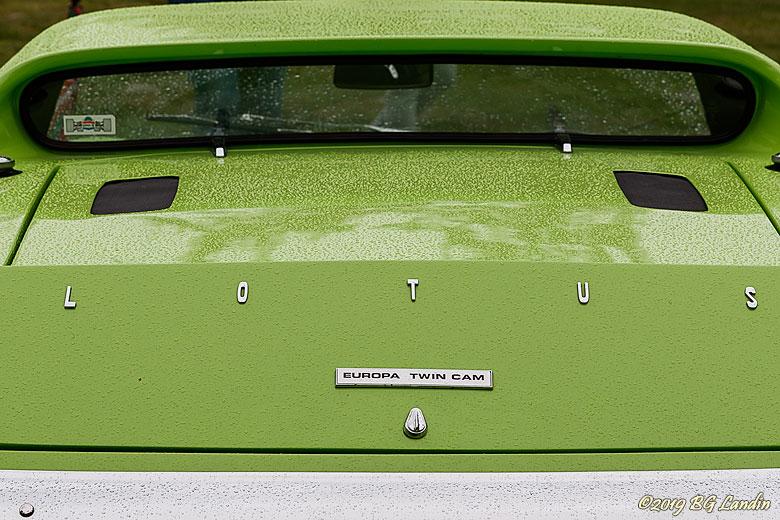 En limegrön Lotus Europa