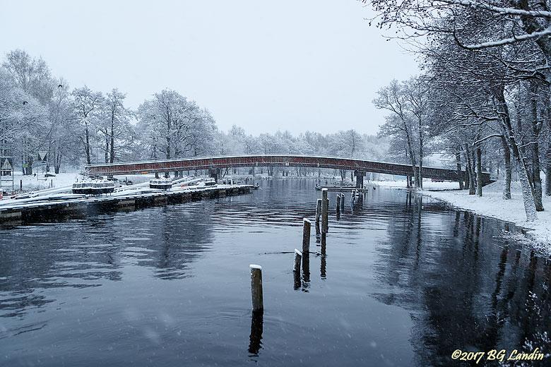 Snö över Säveån