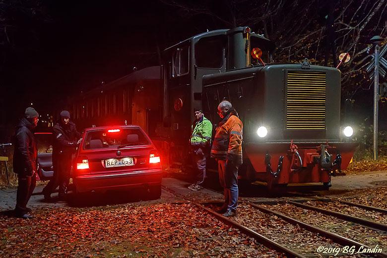 Tåg och bil i närkamp
