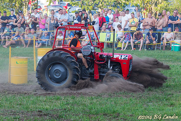 Traktorrace i Södra Lundby 2014