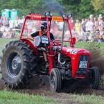 Bilder från traktorrace i Södra Lundby 140725