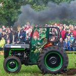 Bilder från traktorrace i Södra Lundby 150731